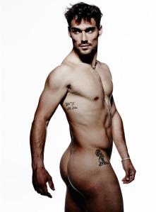 Fabio-Fognini-centrefold-naked-nude